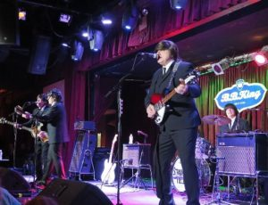 STRAWBERRY FIELDS | BEATLES TRIBUTE
